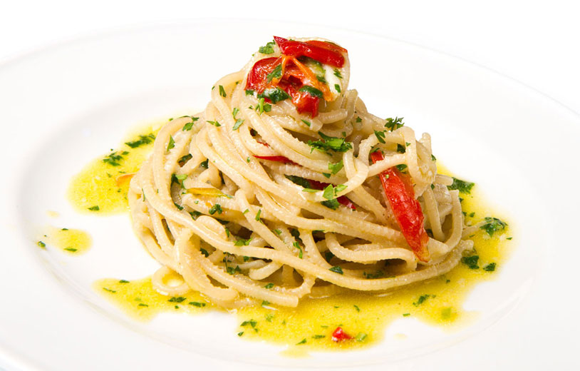 Spaghetti with olive oil, chilli and garlic