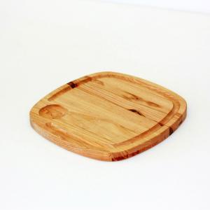 Ξύλινο τετράγωνο πλατώ  με λούκι & 1 θέση για σως από ξύλο καστανιάς 24×24εκ.Rozos  ΚΑΣ-020190