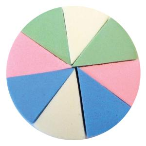 Σετ 8 σφουγγαράκια make up σε σχήμα τρίγωνο