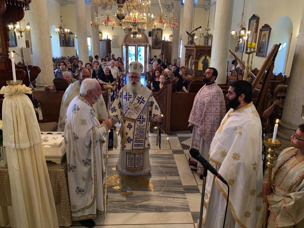 Αρχιερατική Θεία Λειτουργία στον Ιερό Μητροπολιτικό Ναό Αγίου Γεωργίου Ιεράπετρας
