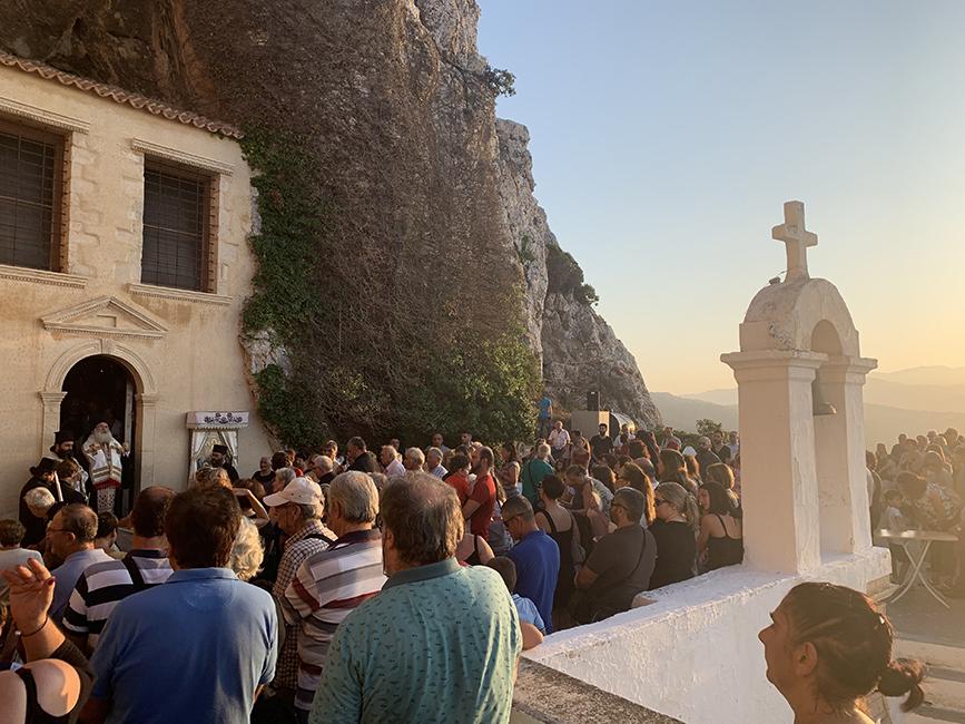 Ο τελευταίος Παρακλητικός Κανόνας στην Ιερά Μονή Παναγίας Φανερωμένης Ιεράπετρας