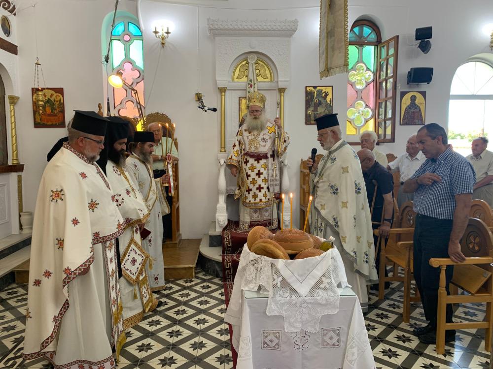 Με Αρχιερατική Θεία Λειτουργία πανηγύρισε ο Ιερός Ναός Αγίου Παύλου Φέρμων Ιεράπετρας.