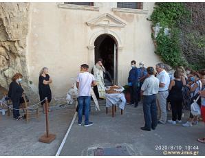 H Aκολουθία του Μικρού Παρακλητικού Κανόνα στην Ιερά Μονή Παναγίας Φανερωμένης Ιεράπετρας.