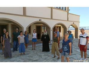 Επίσκεψη του Σεβ. Κυρίλλου στο Θερινό Σχολείο Ελληνικής Γλώσσας