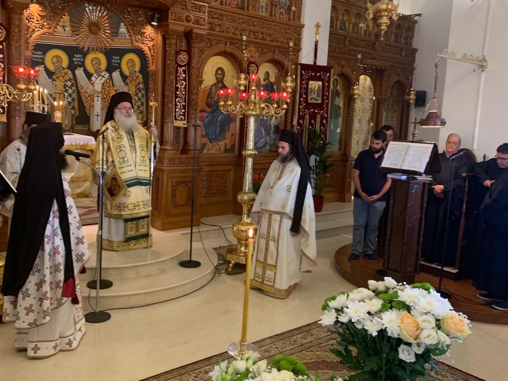 Αρχιερατική Θεία Λειτουργία στον Ιερό Καθεδρικό Ναό Αγίας Φωτεινής Ιεράπετρας.