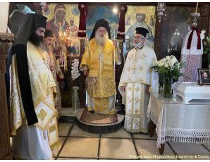 Αρχιερατική Θεία Λειτουργία και 40ήμερο μνημόσυνο του μακαριστού Ιερέως Μιχαήλ Πετράκη στον Ι. Ναό Μεταμορφώσεως Σωτήρος πόλεως Ιεράπετρας.