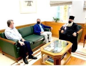 Συνάντηση του Σεβ. Μητροπολίτη Ιεραπύτνης και Σητείας κ. Κυρίλλου με τον Περιφερειάρχη Κρήτης και τον Δήμαρχο Ιεράπετρας