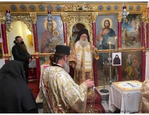 Αρχιερατική Θεία Λειτουργία στην Ιερά Μονή Παναγίας Εξακουστής Μαλλών  και τριετές μνημόσυνο της μακαριστής Ηγουμένης Φεβρωνίας.