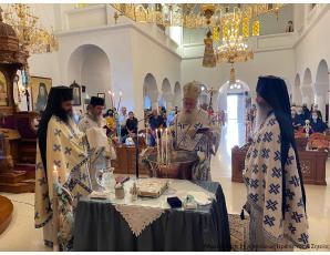 Αρχιερατική Θεία Λειτουργία και Βάπτιση κατά την αρχαία τάξη στον Ιερό Καθεδρικό Ναό Αγίας Φωτεινής Ιεράπετρας.