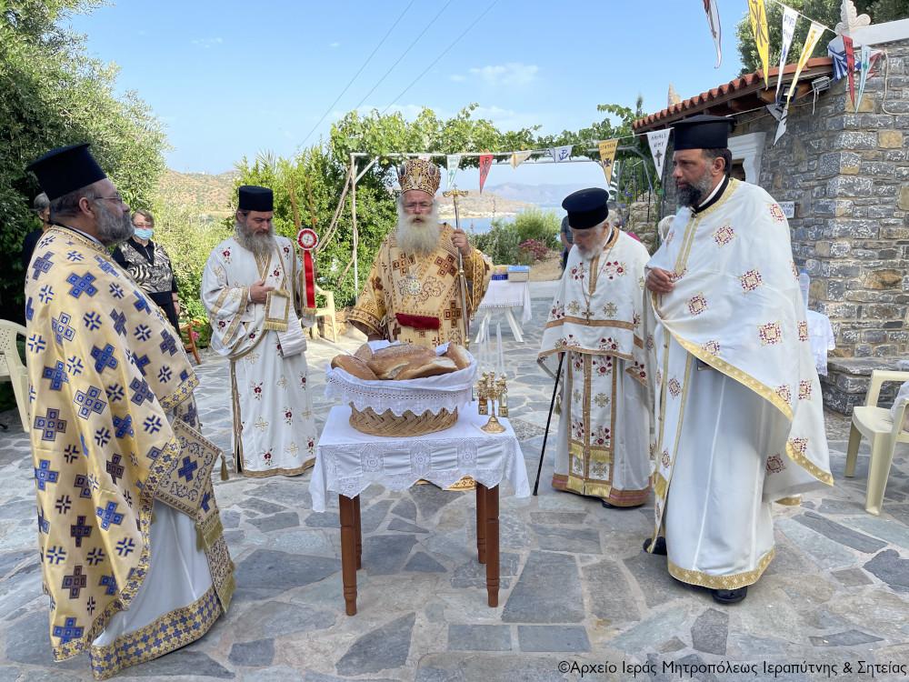 Η εορτή της μνήμης της Αγίας Μάρτυρος Καλλιόπης  στο Μόχλος Σητείας.