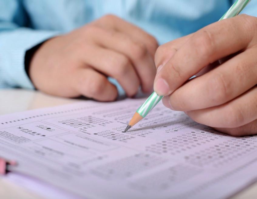 Ιερά παράκληση σε Ιεράπετρα και Σητεία για τους διαγωνιζόμενους μαθητές των πανελληνίως εξετάσεων.