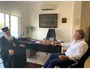 Eπίσκεψη του Σεβ. Μητροπολίτη Ιεραπύτνης και Σητείας κ. Κυρίλλου στον Δήμαρχο Σητείας κ. Γ. Ζερβάκη