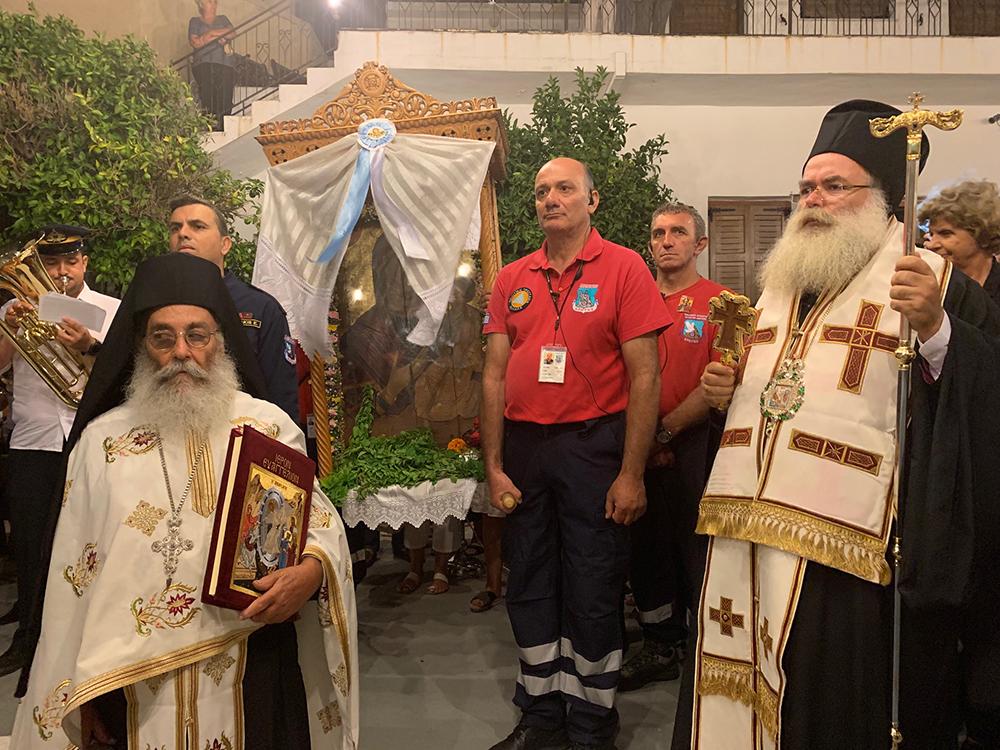 Με ευλάβεια τίμησαν και φέτος την Παναγία στις Λιθίνες οι πιστοί
