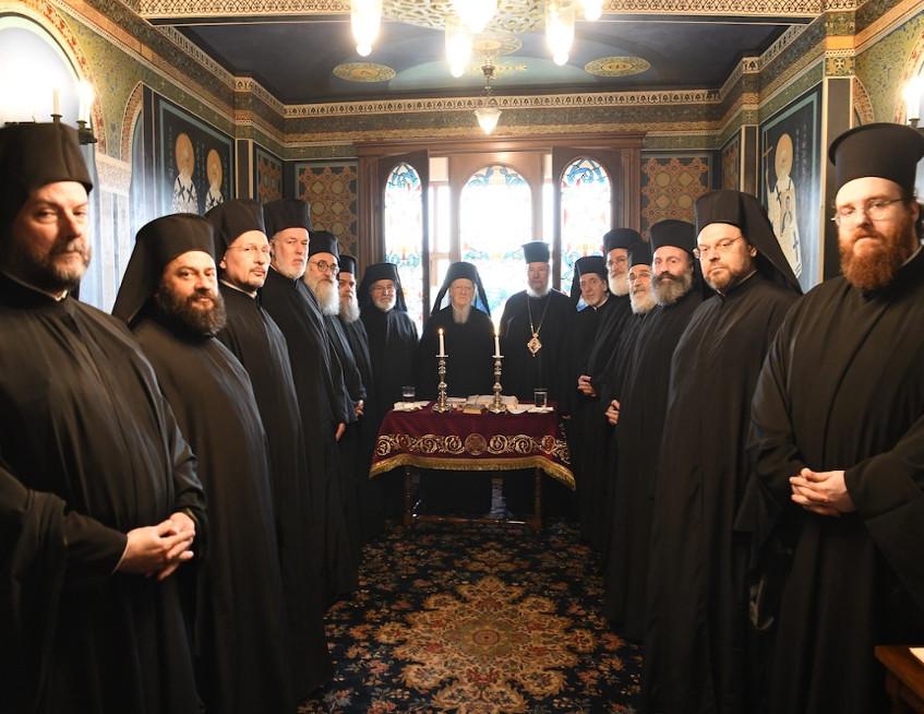 Ανακοινωθέν της Αγίας και Ιεράς Συνόδου του Οικουμενικού Πατριαρχείου για την Θεία Κοινωνία και τον κορωνοϊό.
