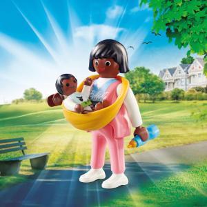 Playmobil Μαμά με μωρό σε μάρσιπο