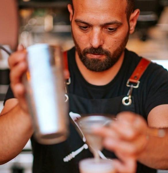Barman en chef de Xalavro